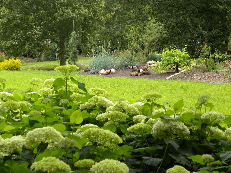 Jardin botanique du bois du puits bell me 06 07 64 18 82 for Boutique jardin botanique